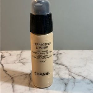 Chanel Perfection Lumiere 10 Beige Discontinued